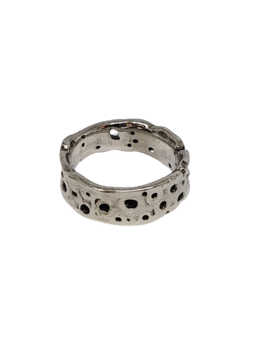 Textured Ring with Holes Size P | 7.5
