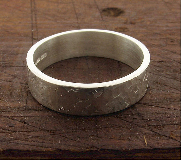 Mans 18ct white gold 6mm wedding ring, heavy flat Rustic Hammered style band.