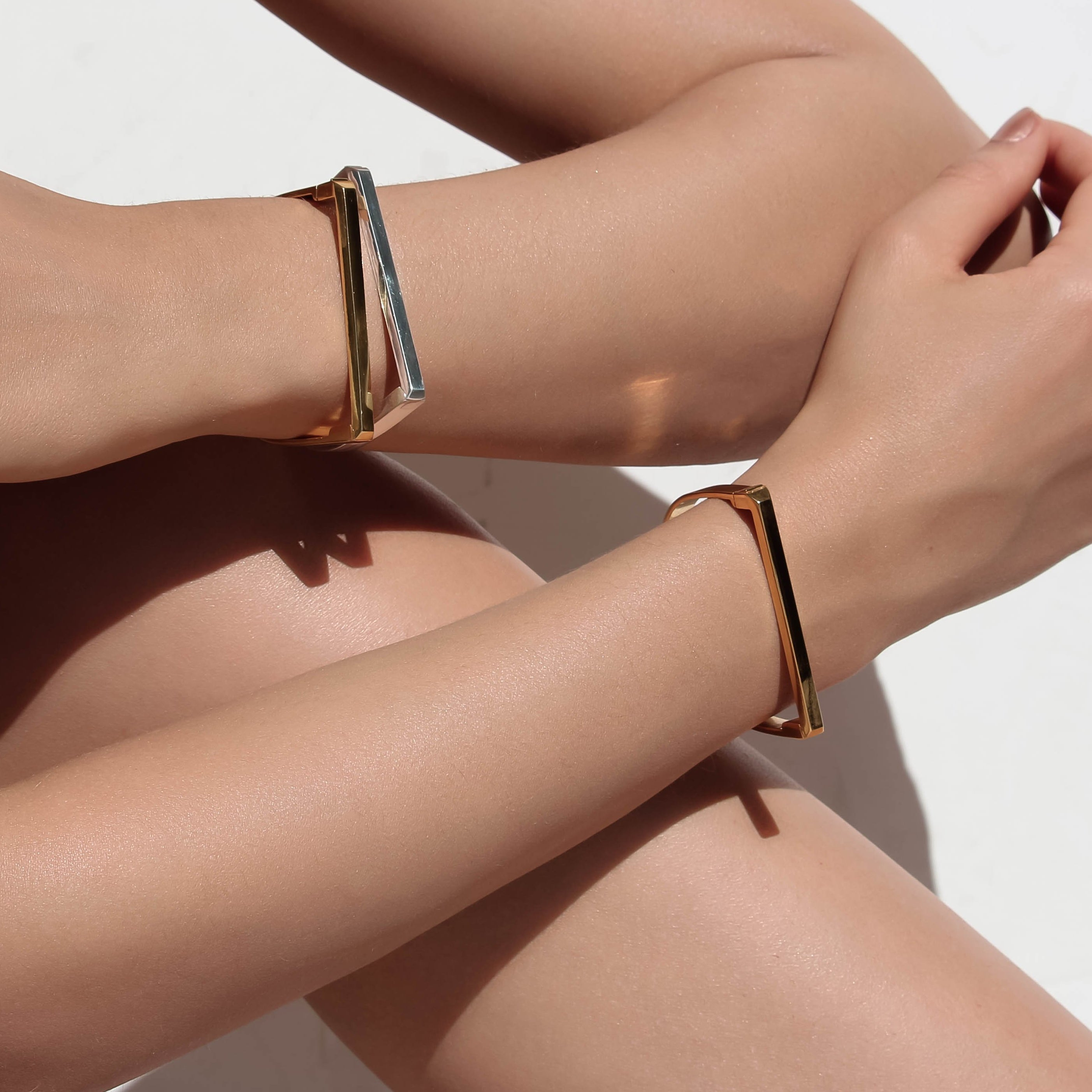 gold facet bangle collectors items