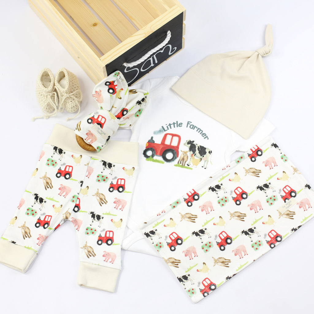 Organic Coming Home Baby Gift Box Baby Gender Neutral Farm Animals Theme
