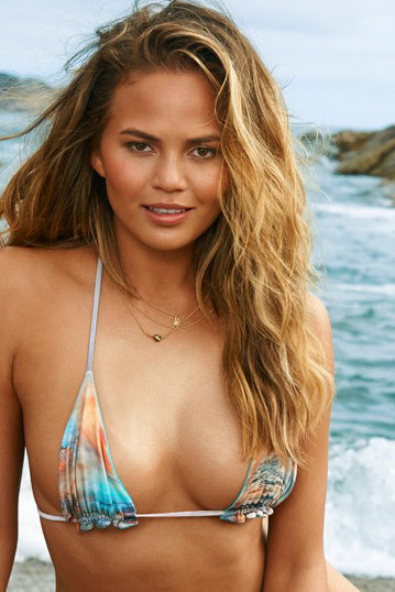 Sports Illustrated Swimsuit 2015 Chrissy Teigen wearing the Resin Chain