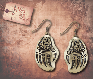 Tribal Etched Bear Claw Earrings - Antique Gold