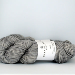 Barely Gray, Luxe DK