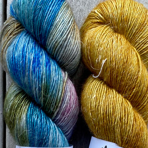 Duo Kit, Boutique and Ochre, Merino Linen, Two Skeins