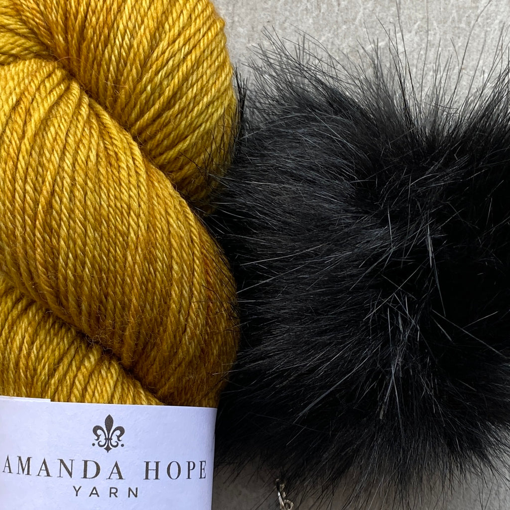 Ochre DK Hat Set  in Kiwi (Polwarth Wool) with Faux Fox Black Snap On Pom