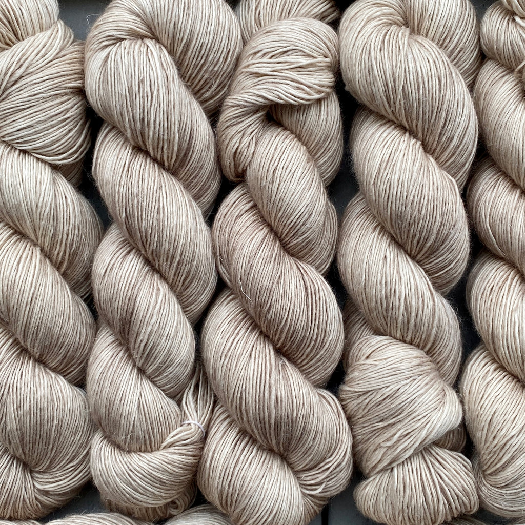 Cashmere Pearl, Merino Linen Fingering Weight