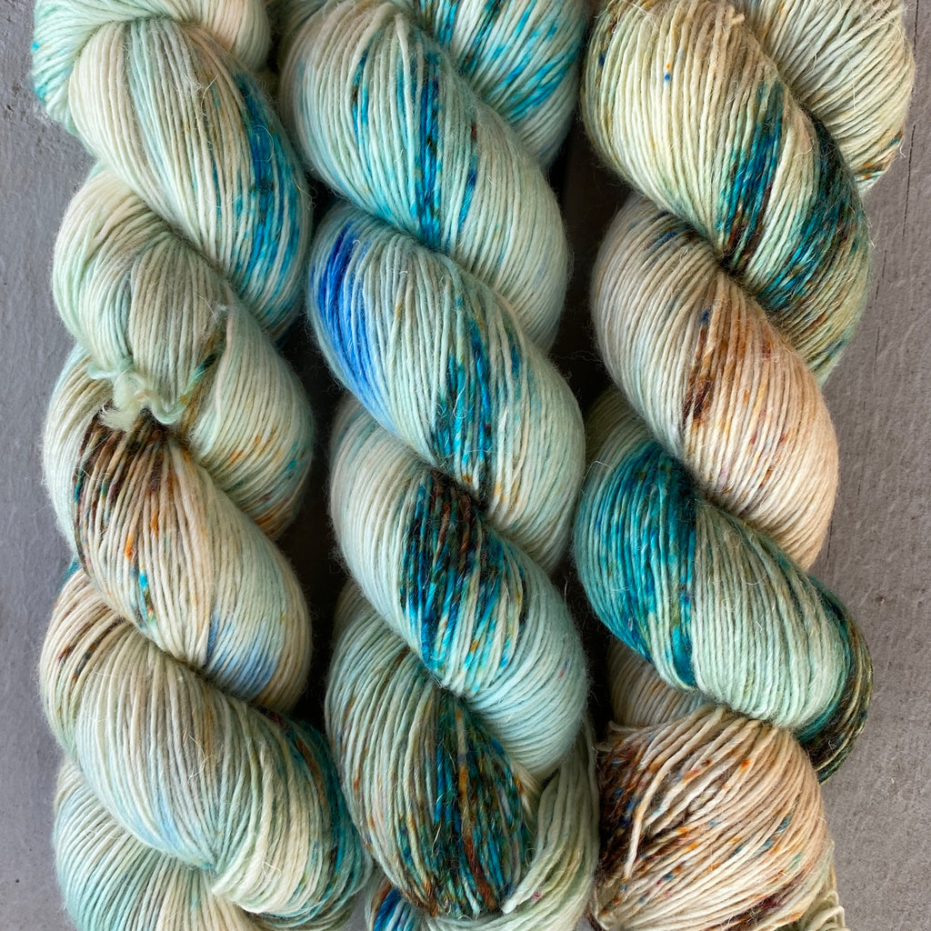 Breakfast at Tiffany's, Merino Linen Fingering Weight