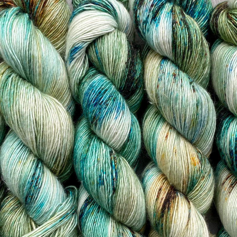 Blue Lagoon, Merino Linen Fingering Weight
