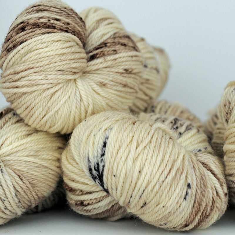 White Lynx, Aussie Extra Fine DK/Light Worsted