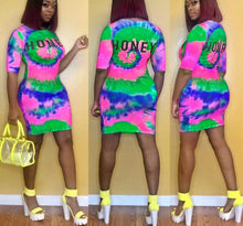 Load image into Gallery viewer, O-Neck Tie Dye Black Hole Letter Print Half Length Sleeve Mini Dress