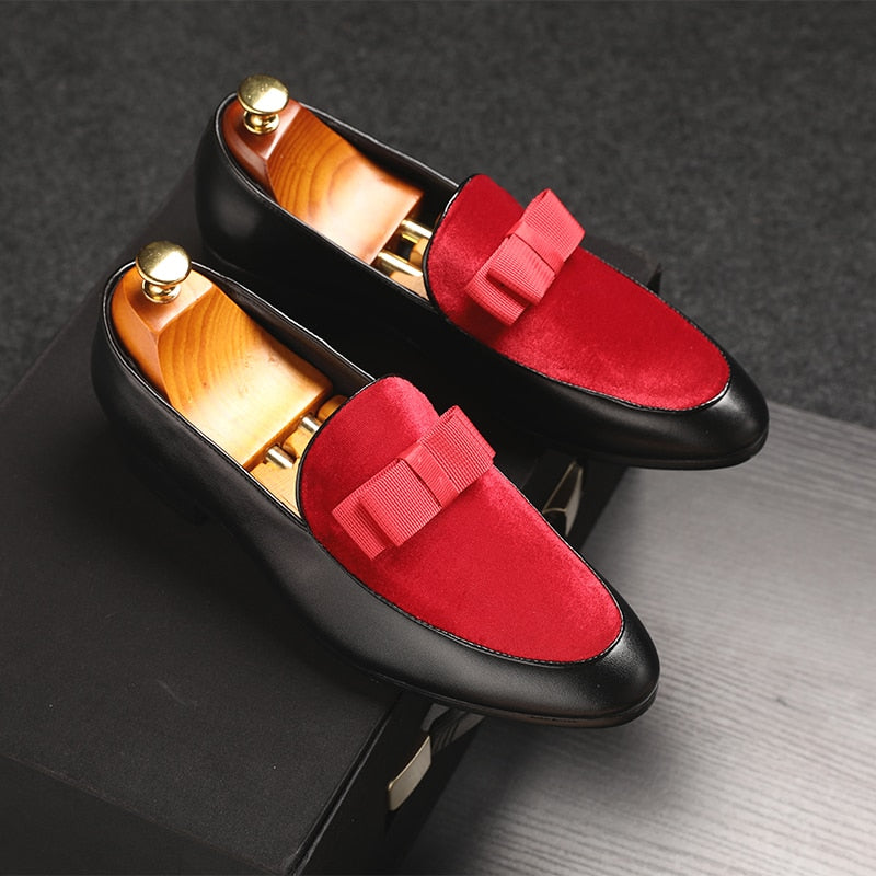 Men Bowknot Flat Black Patent Leather Red Suede Loafers
