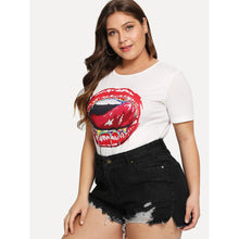 Load image into Gallery viewer, Hot Lip Pattern Tee - kats closet1