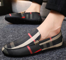 Load image into Gallery viewer, Men's Casual Comfortable Lightweight Non-Slip Flat Loafers