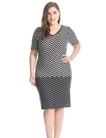 Chicwe Women's Plus Size Printed V Neck Short Sleeves Zigzag Dress - Knee Length Casual and Work Dress - kats closet1