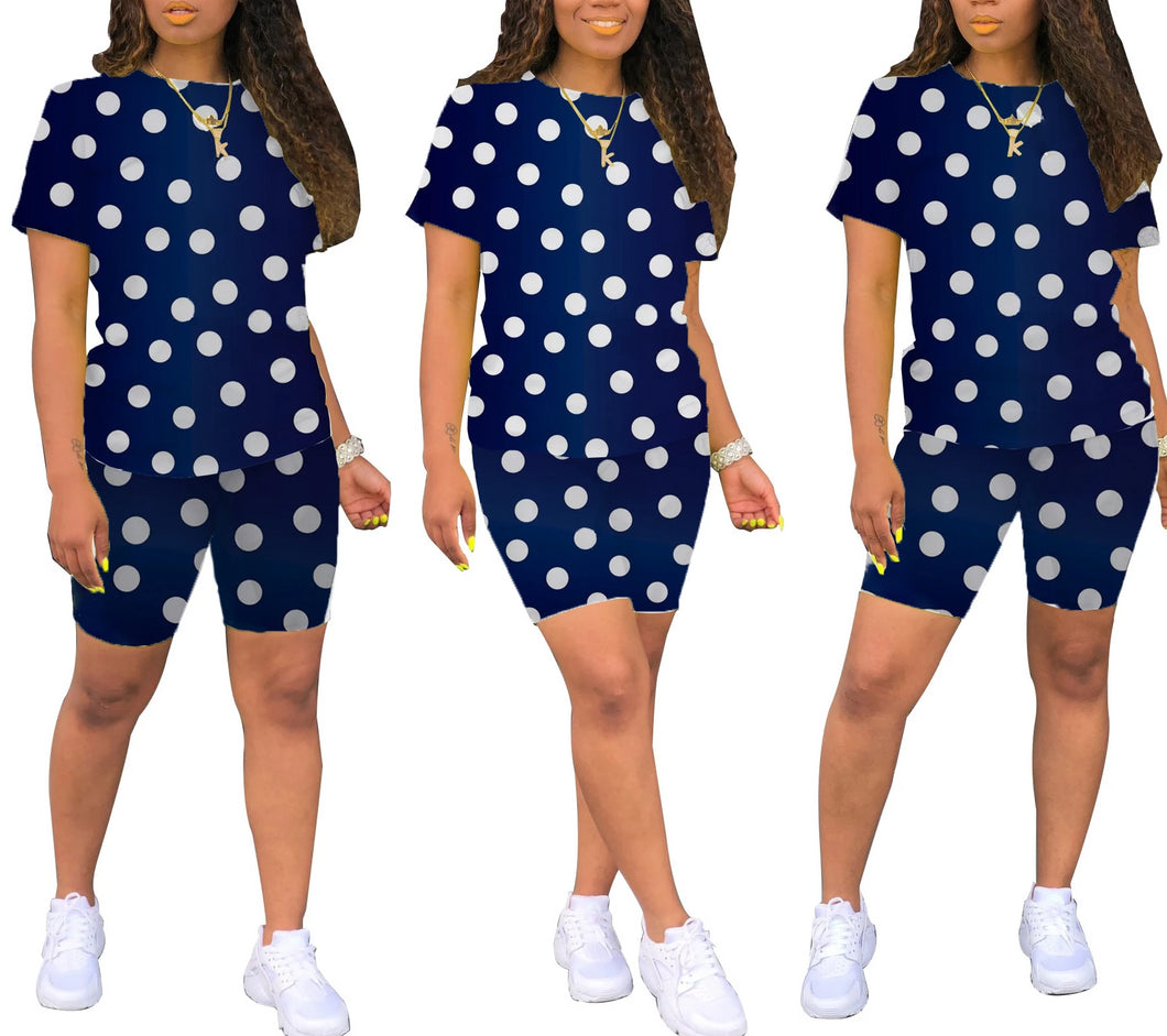 Dot Print T-Shirt And Shorts Two Piece Set