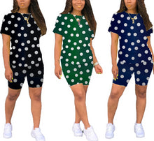 Load image into Gallery viewer, Dot Print T-Shirt And Shorts Two Piece Set