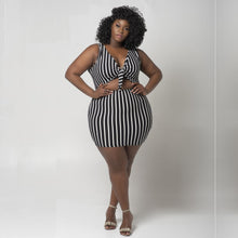 Load image into Gallery viewer, Plus Size Striped Crop Top Mini Skirt 2 Piece Skirt Set Two Piece Skirt Set