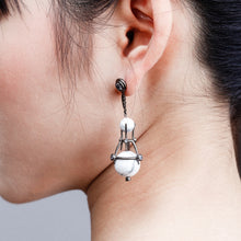 Load image into Gallery viewer, Morrows Earring - kats closet1