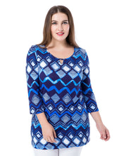 Load image into Gallery viewer, Plus Size Printed Tunic Top - kats closet1