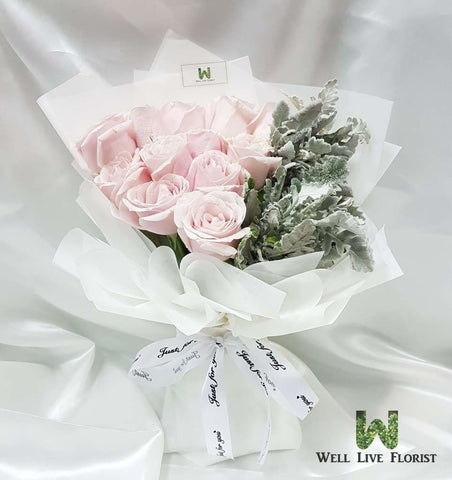 12 Pink Color Roses Hand Bouquet