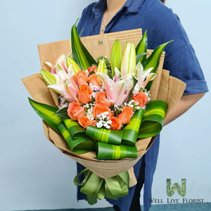 Pink Color Lilies & Peach Color Roses Hand Bouquet