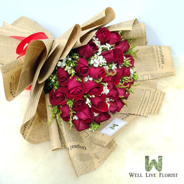 Hand Bouquet of 30 Fresh Cut Roses , Sweet William and Foliage
