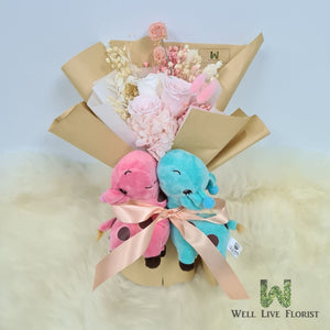 Hand Bouquet Of Preserved Roses, Hydrangea, Dried Foliage and 02 Plush Toy Giraffe