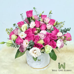 Flower Box of Fresh Cut Roses, Eustoma and Wax Flower