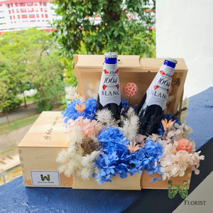 Wood box with preserved hydrangea and preserved flower filler include 2 bot of 330ml Kronenbourg 1664 Beer