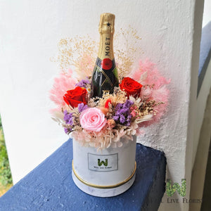 Flower Box of Preserved Roses, Cotton , Hydrangea, Filler Flower and Foliage including One Bot mini MOET 200ml