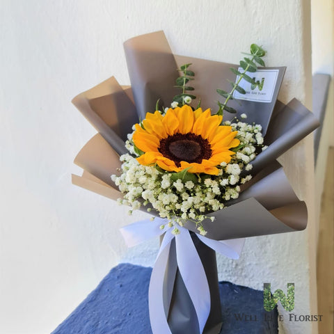 Hand Bouquet Of Sunflower and Baby's Breath