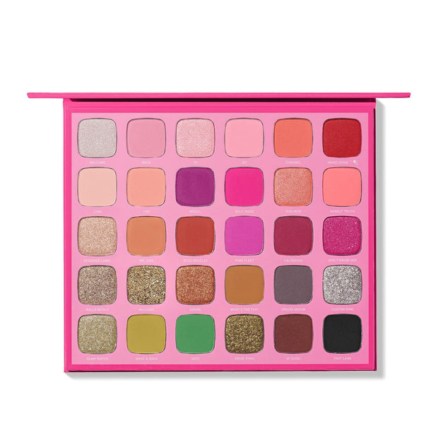 Morphe x Jeffree Star Artistry Eyeshadow palette.