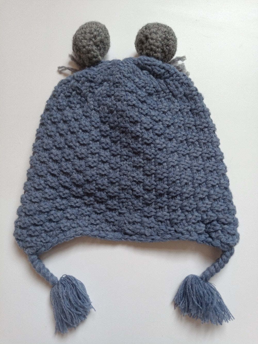 HAND KNITTED BEANIE FOR BABIES