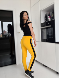 One arm hook vest and yellow pants set