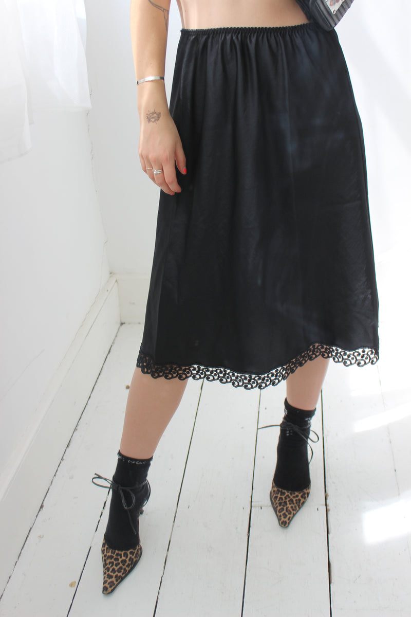 Vintage 90s Black Thick Lace Trim Slip Skirt