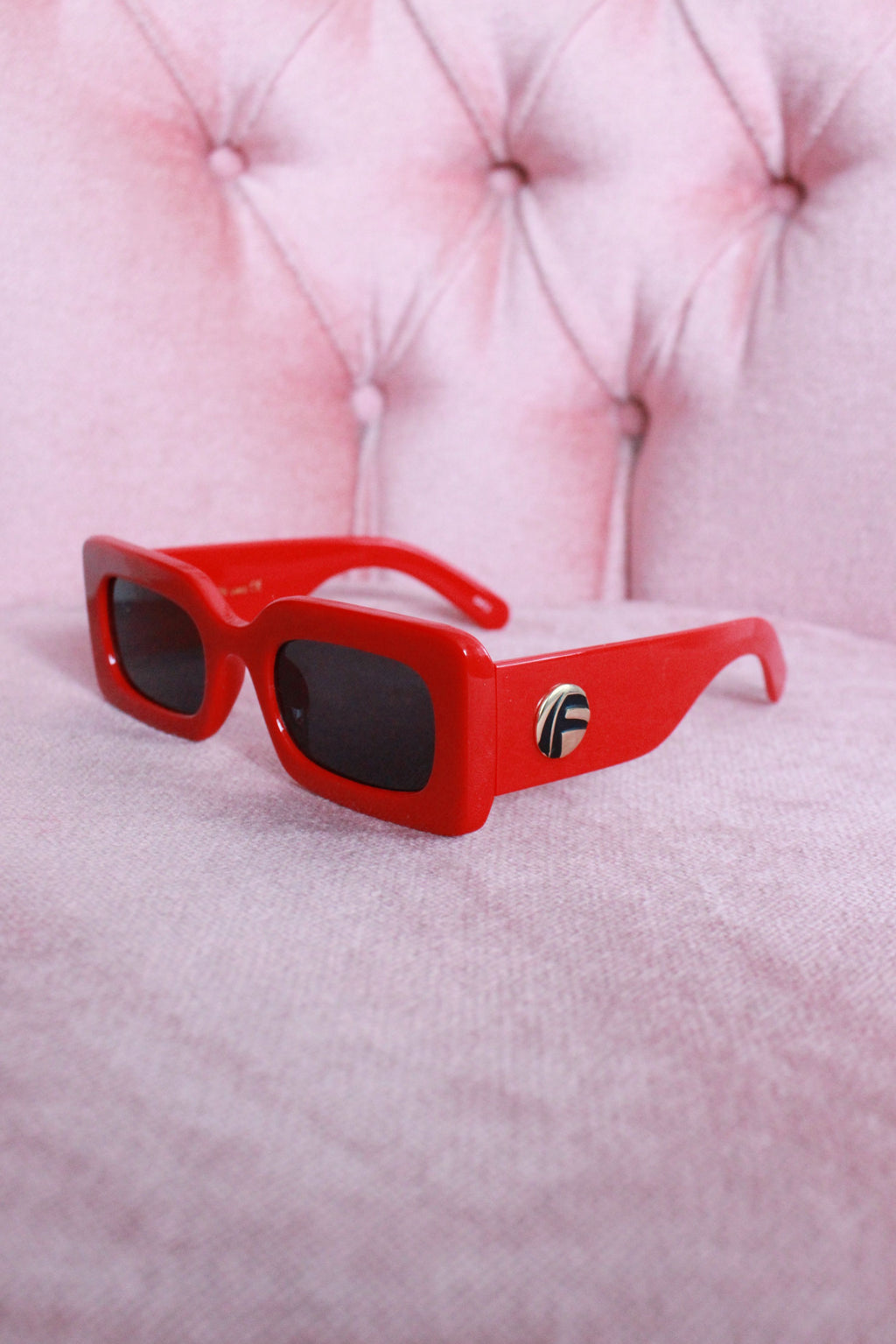 CHERRY RED 'MIAMI VICE' CHUNKY FRAME SUNGLASSES