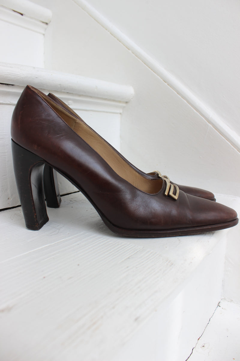 Vintage 90s Brown Leather Gucci Court Heels
