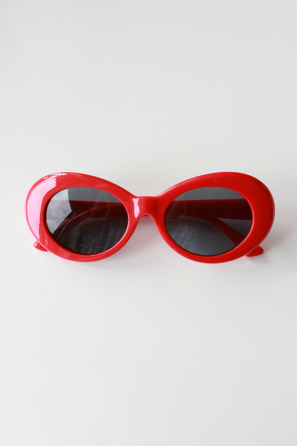 Red Oval Kurt Sunglasses