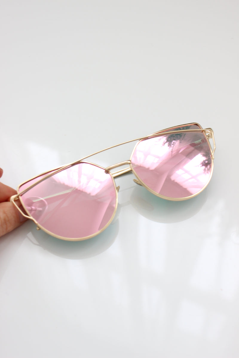 Rose Gold Mirror Lens Aviator Sunglasses