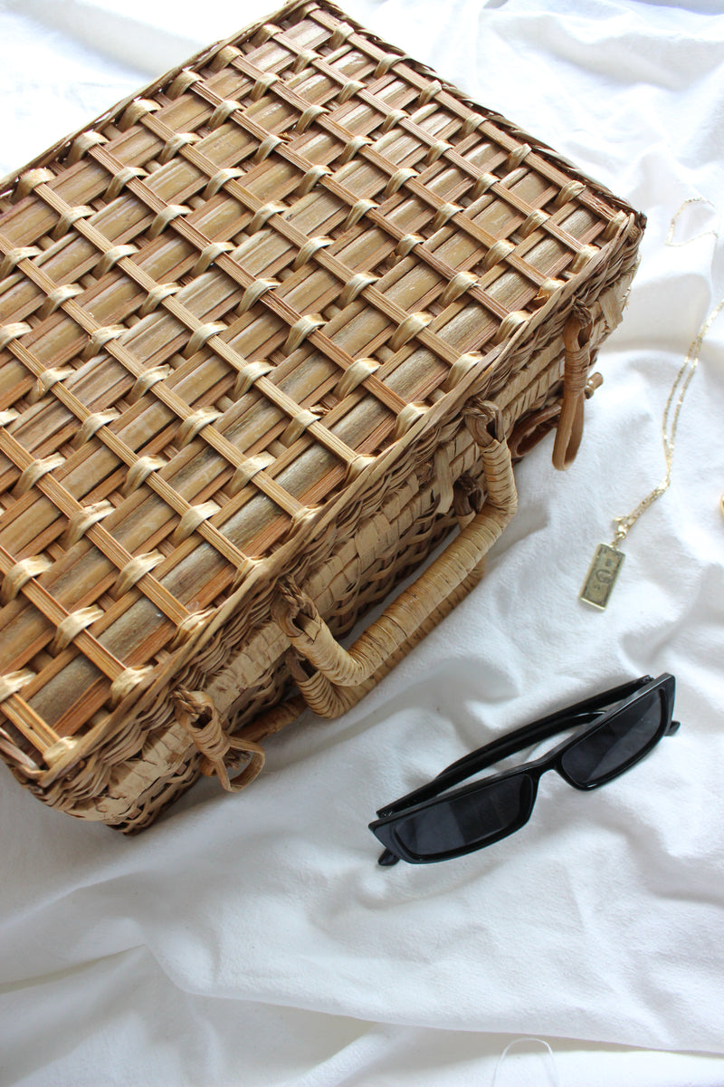 Vintage 1960s Woven Wood Picnic Basket Bag
