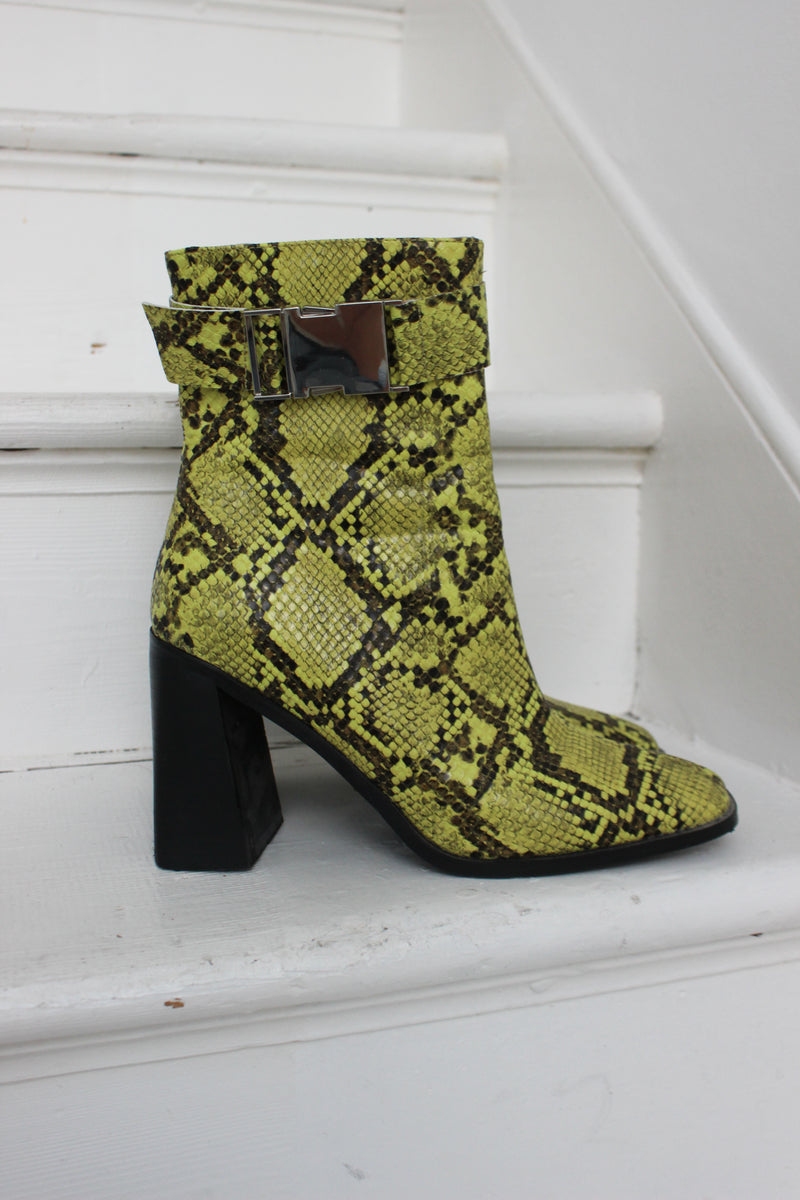 Vintage Y2K Neon Green Faux Snakeskin Ankle Boots