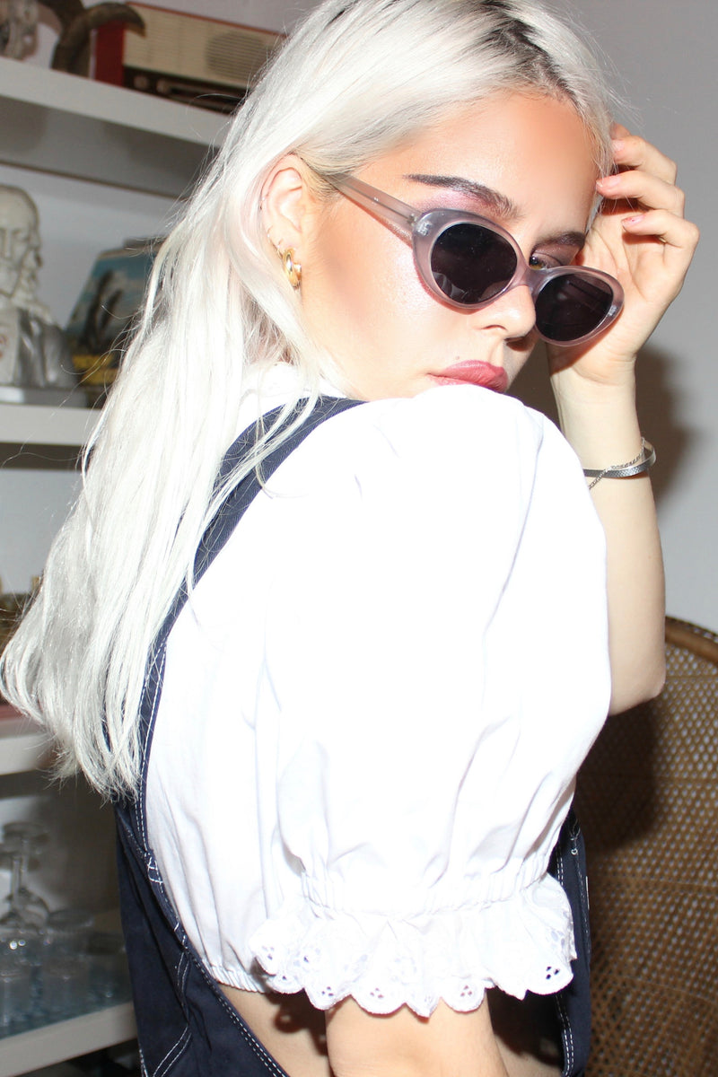 DEADSTOCK Vintage 90s y2k Cat-Eye Sunglasses