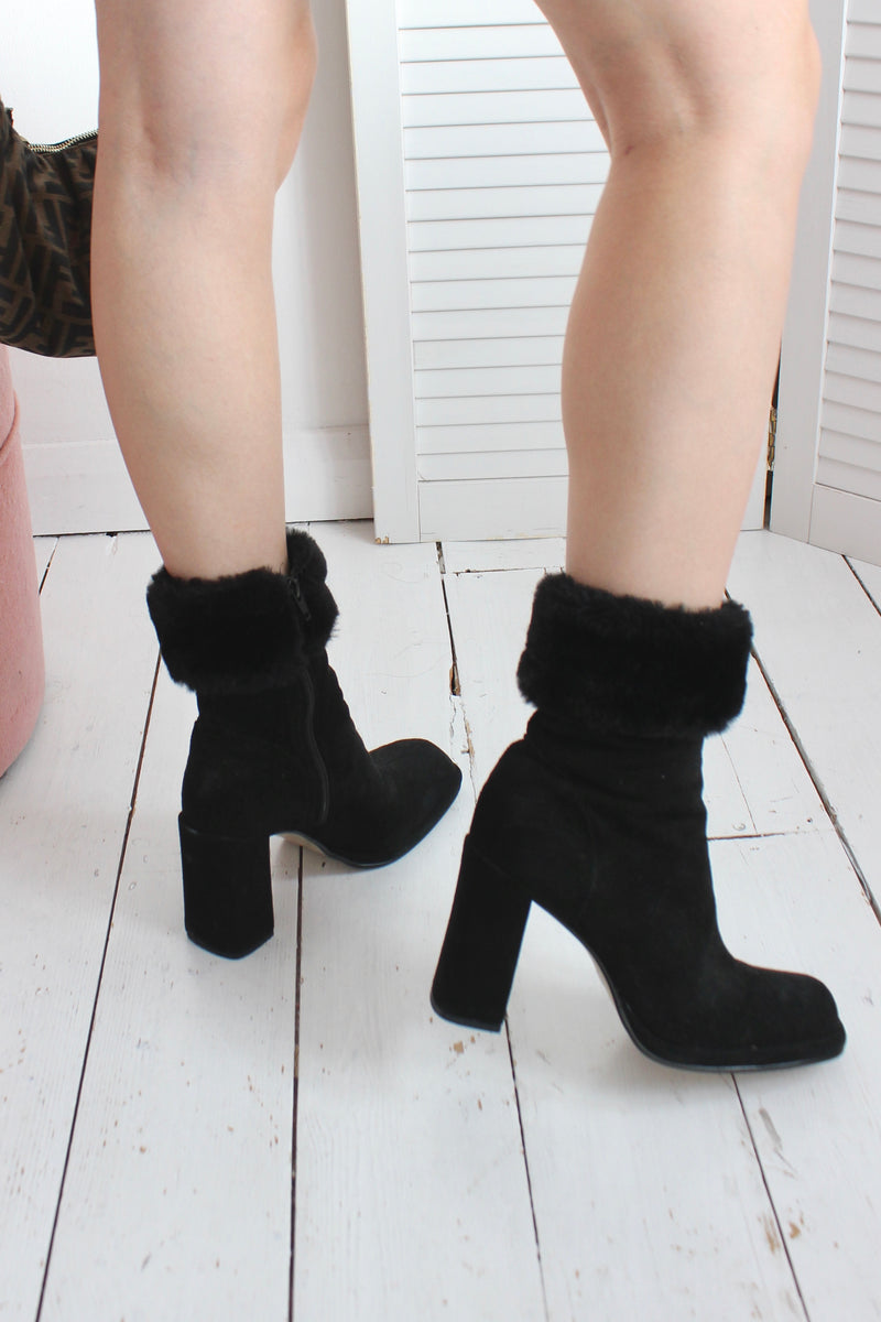 Vintage 90s Black Faux Fur Trimmed 100% Real Suede Ankle Boots