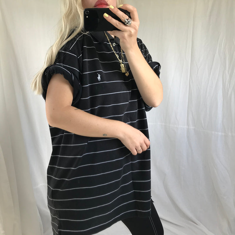 Vintage Y2K Black & White Pin Striped Oversizes Polo Shirt By Polo Golf Ralph Lauren
