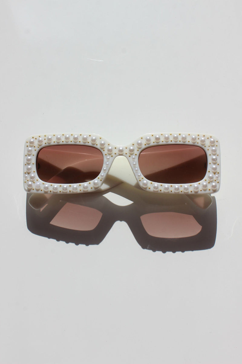 CREAM PEARL ENCRUSTED CHUNKY FRAME SUNGLASSES