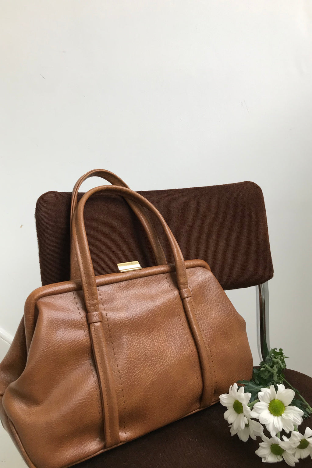 True Vintage 70s Tan Faux Leather Holdall Handbag