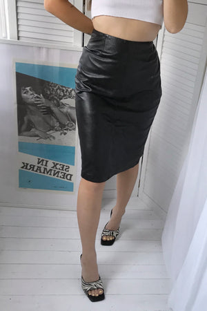 The most incredible Sexy Vintage 90s Y2K Black 100% Real Leather Skirt
