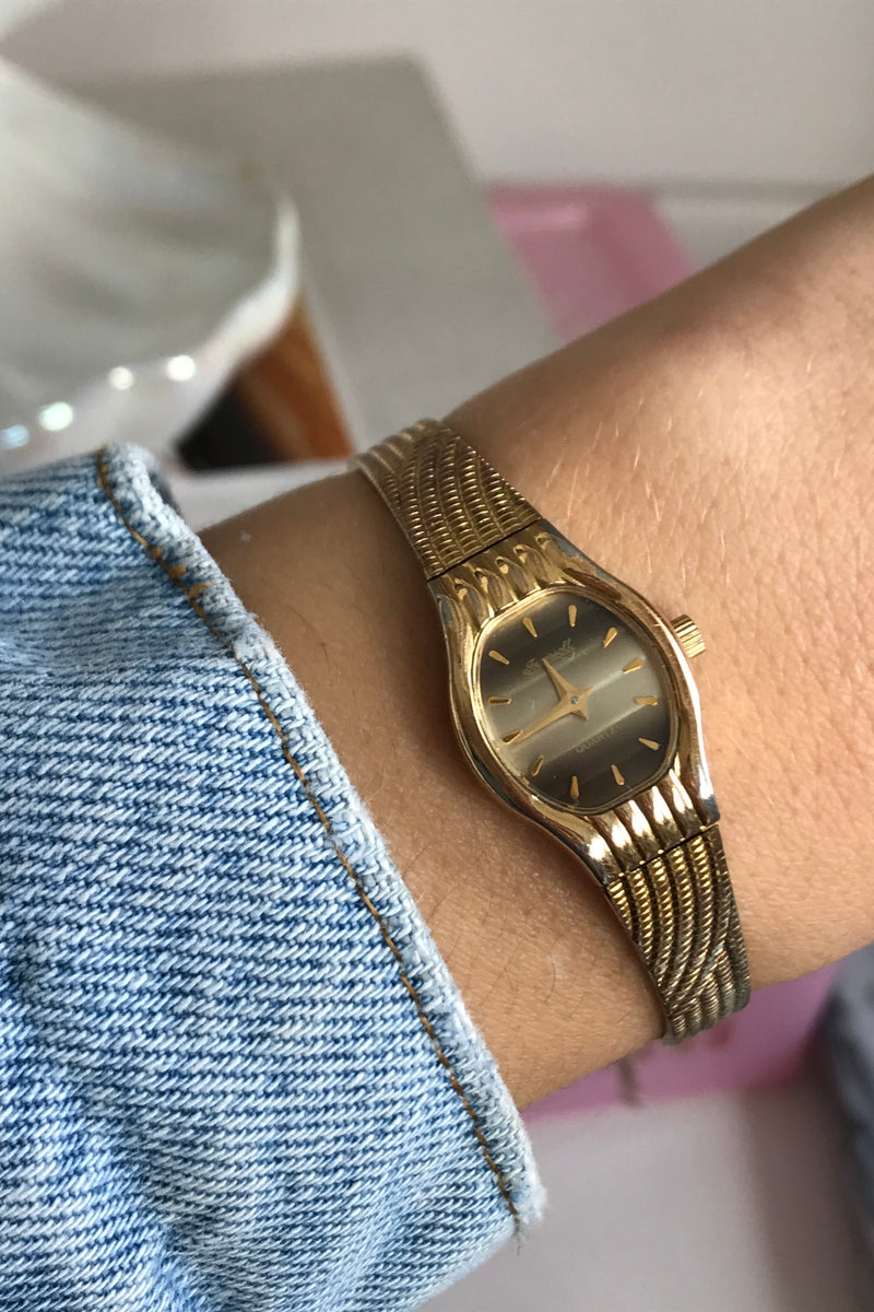 Vintage 1970s Faded Gold Tone Wrist Watch