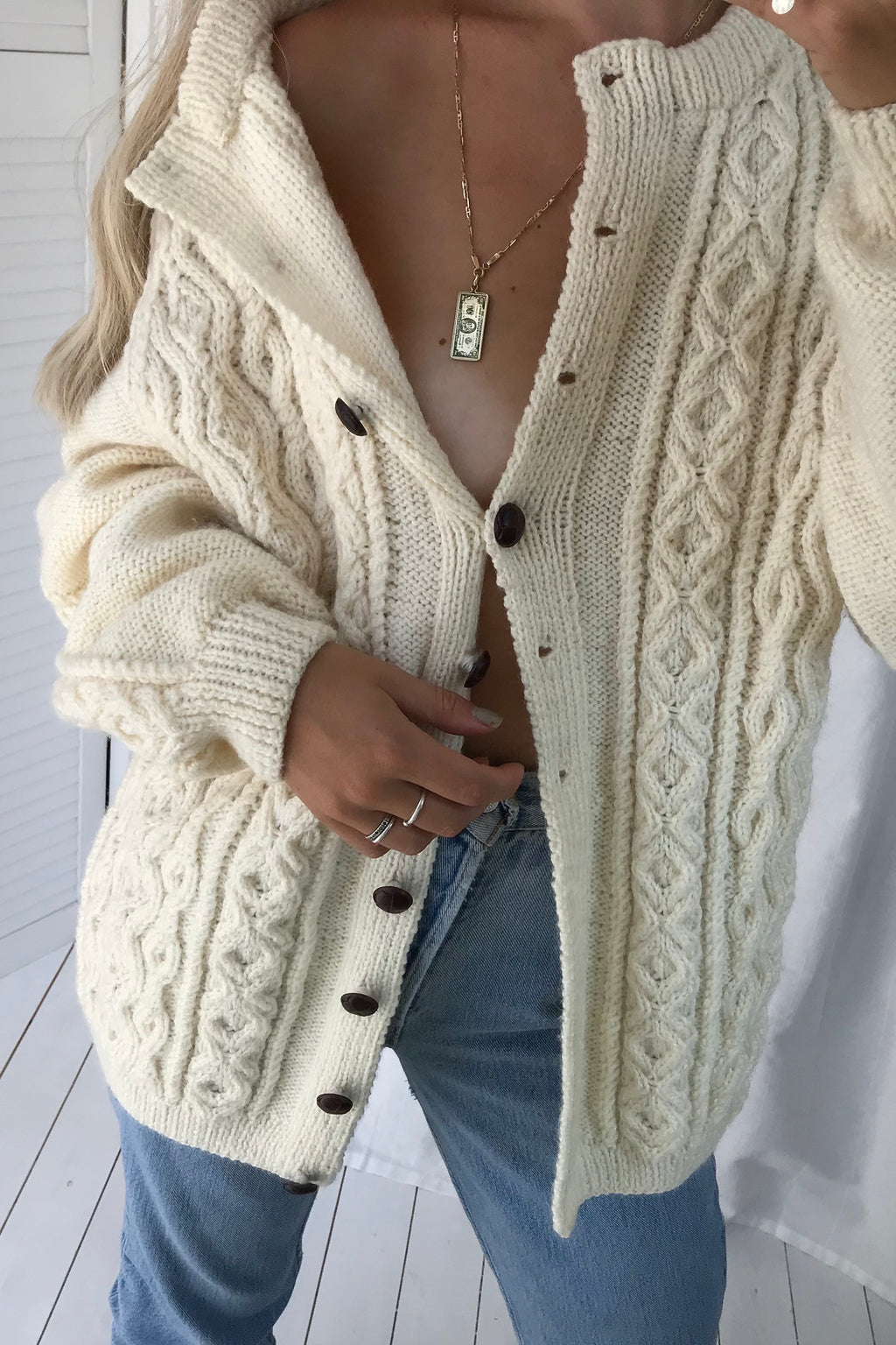 Vintage 90s Hand-knitted Cream Wool Cable Knit Chunky Cardigan