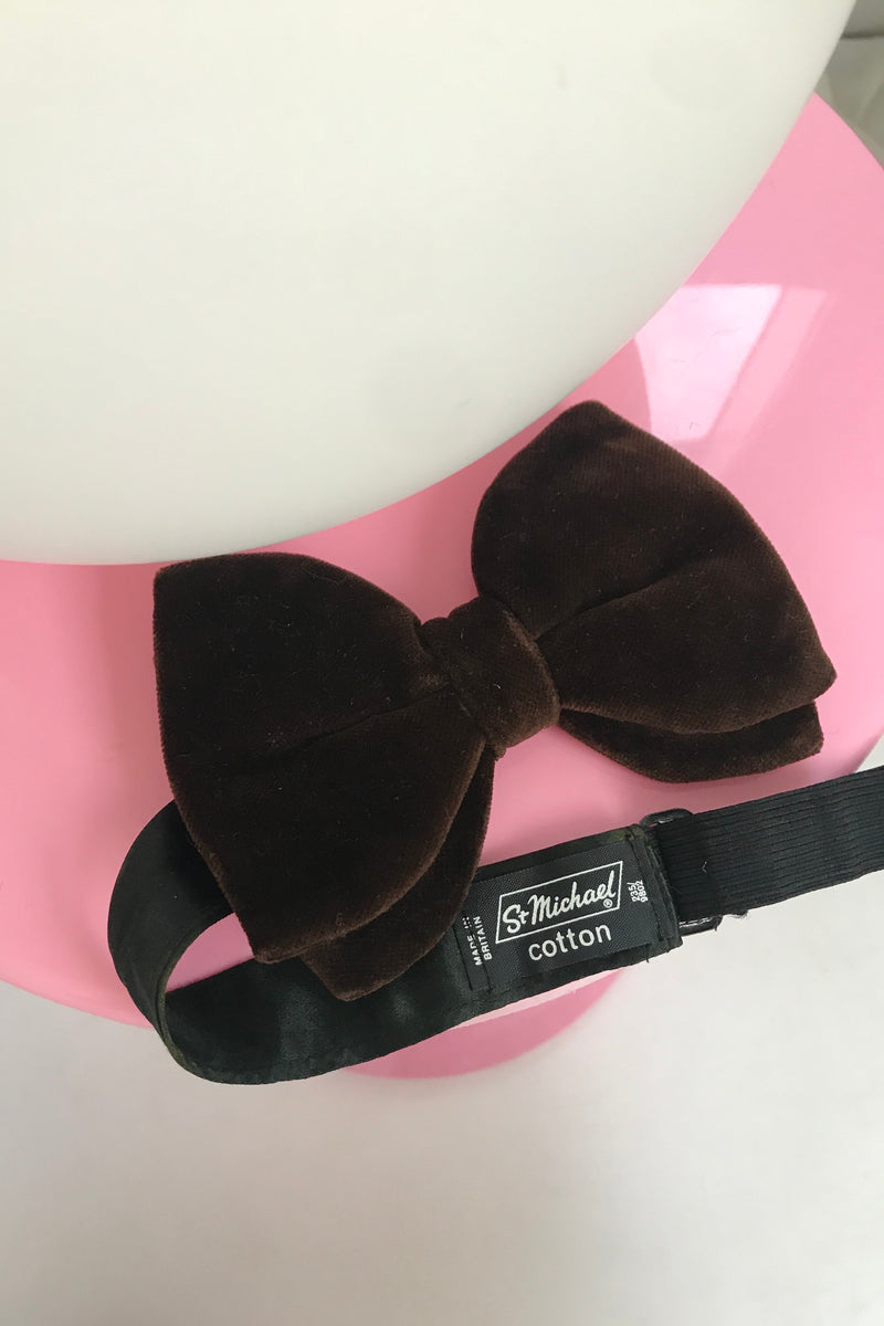Vintage 1970s Brown Velvet Bow Tie